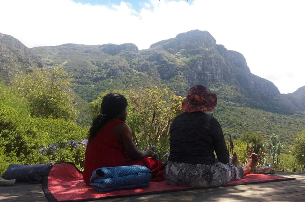 Letis and Eunice looking out onto Kirstenbosch gardens.