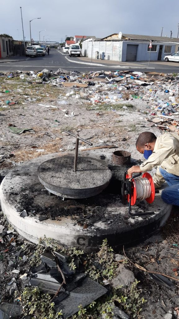 Difficulties of groundwater monitoring (and large-scale groundwater abstraction) of the Cape Flats Aquifer